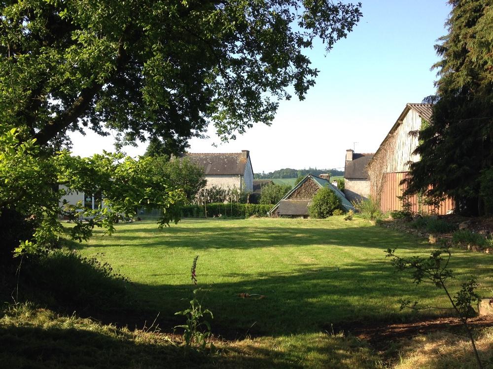 Aire camping-car à Poullaouen (29246) - Photo 1